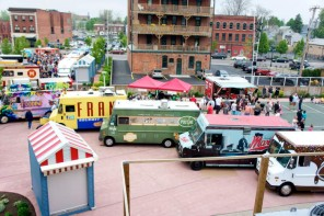 Food Truck Tuesday in Larkin Square, Buffalo NY