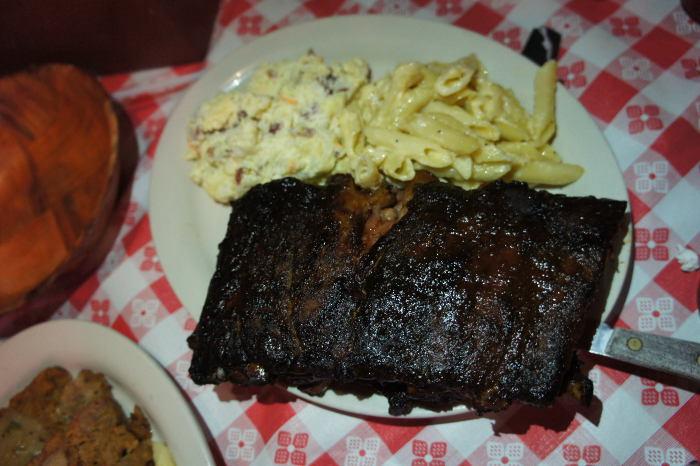 Fat Bobs, Mac n Cheese, Ribs, Step Out Buffalo, BBQ, Buffalo NY