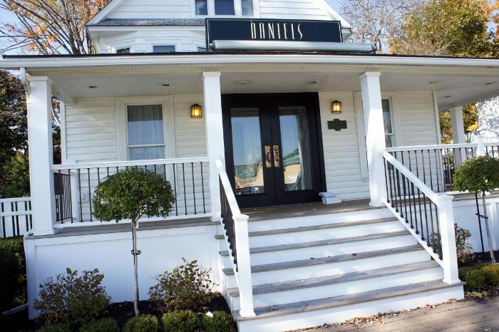 Daniels Restaurant in Hamburg Reopens