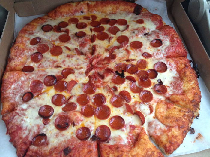 Bocce Club Rated in the 28 Days of Pizza - WNY | Step Out Buffalo