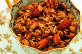 breadhive granola2