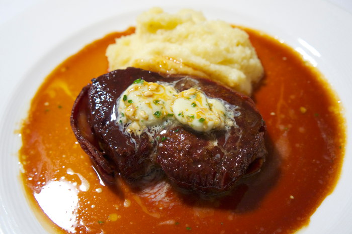 Daniels-Reopens-Filet-Mignon