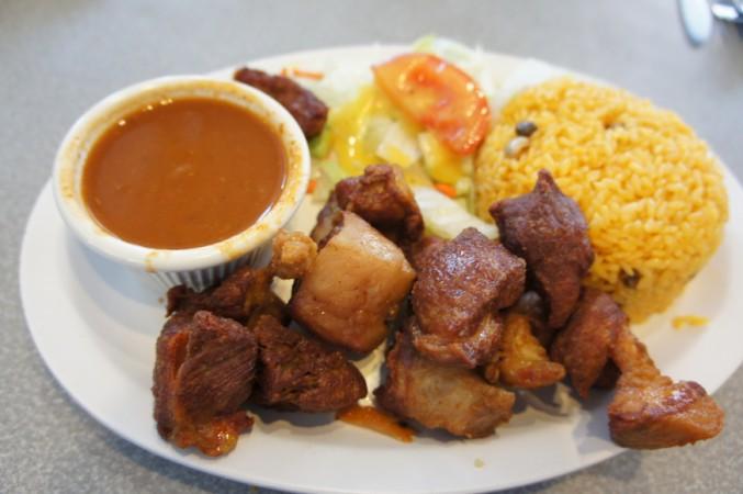 Carne Frita (fried pork) dinner