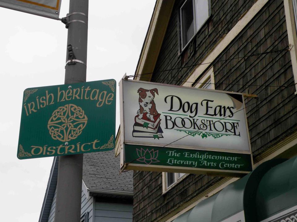 Dog Ears Cafe