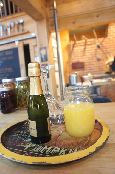 Make your own mimosa