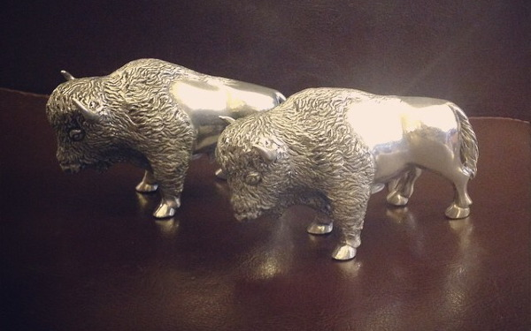 Buffalo salt and pepper Shakers