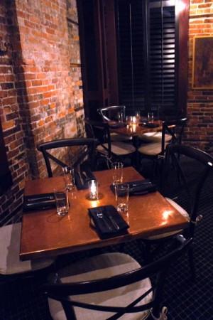 buffalo-proper-tables