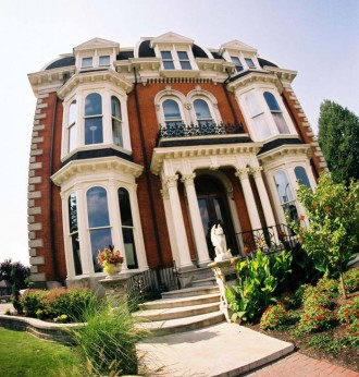 The Mansion on Delaware