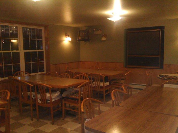 Marinaro's Larkin Tavern