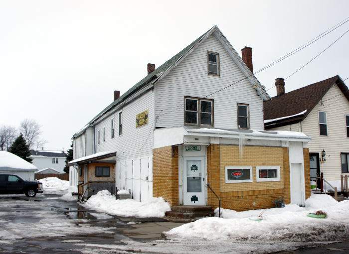Cook's Bar and Grill