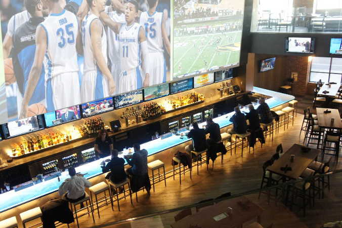 Where to Watch March Madness in Buffalo