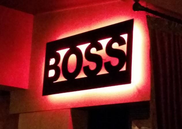 BOSS-sign