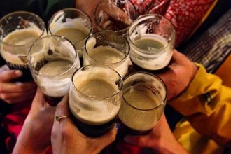 Step Out Buffalo, Cheers, glasses, irish cheers, beer, Irish beer, St. Patrick's Day, St,. Patrick's Day in Buffalo, Buffalo, things to do in buffalo, parade, St. Patrick's Day Parade