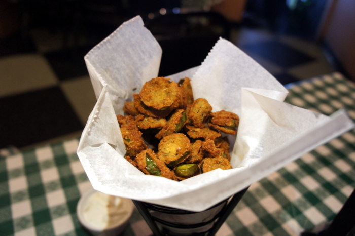 Step Out Buffalo, dining in buffalo, dining out, food in buffalo, south buffalo, conlons, conlons bar and grill, conlons south buffalo, Deep Fried Jalapeños, Jalapeños