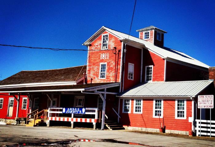 Williamsville, shops in williamsville ny, where to shop in wililamsville, gift shops in williamsville