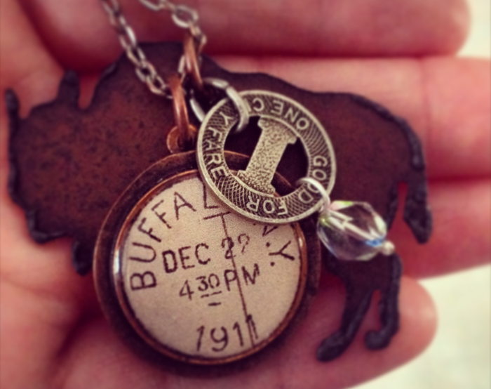 Williamsville NY, where to shop in williamsville, williamsville, buffalo chain, buffalo key chain, buffalo jewelry,