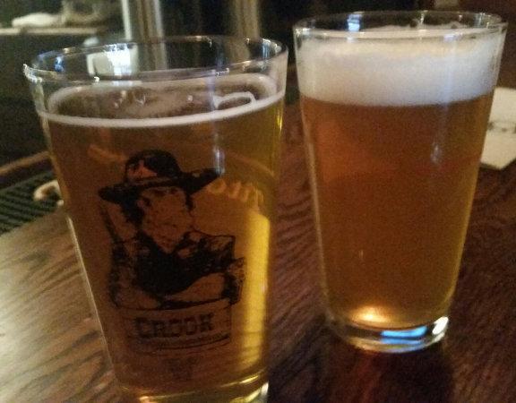 189 Public House's Outlaw Pale Ale