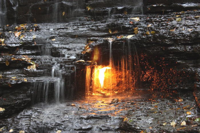 Eternal-flame-at-Chestnut-Ridge-2
