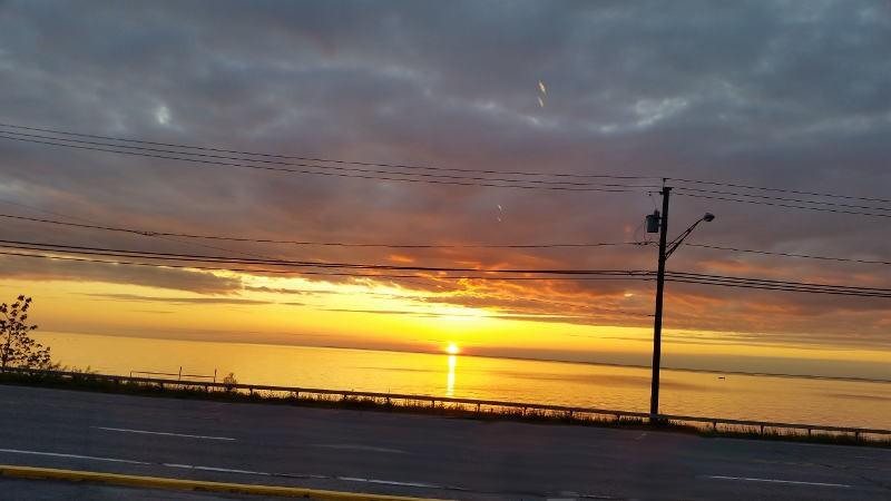 Sunset, Lucia's on the Lake, Restaurant, Hamburg, Buffalo, Lake Erie, Waterfront