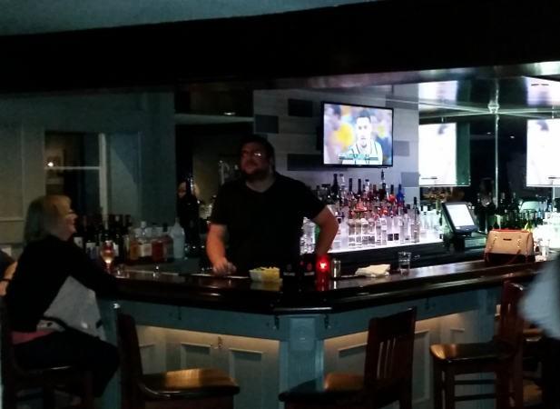 Bar, Lucia's on the Lake, Restaurant, Hamburg, Buffalo, Lake Erie, Waterfront