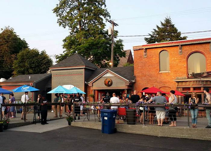 Black Swan Patio, Best Patios in Buffalo, Step Out Buffalo