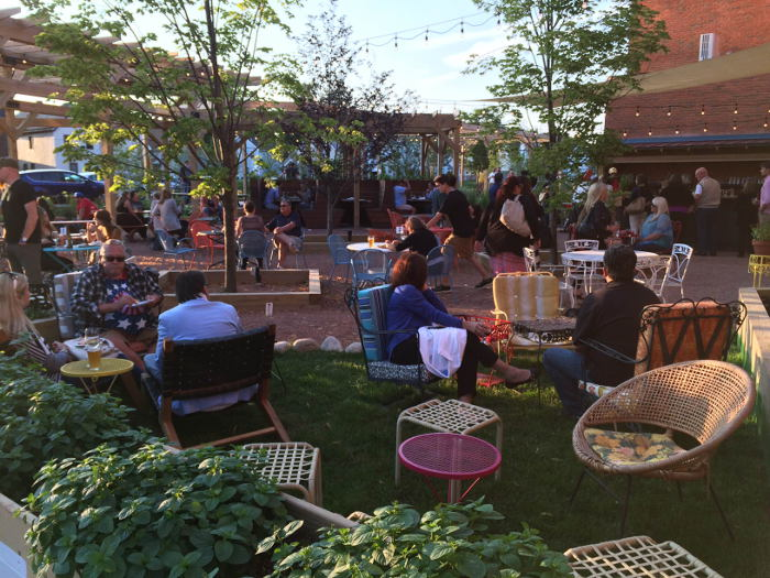 Hydraulic Hearth, Best Beer Gardens in Buffalo