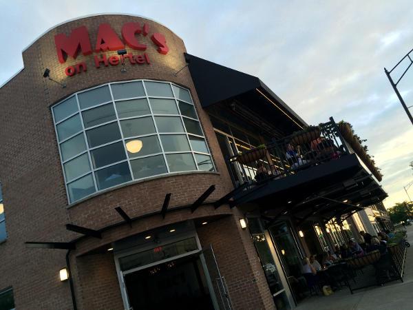 Mac's on Hertel, Buffalo, Restaurant, bar, northtowns