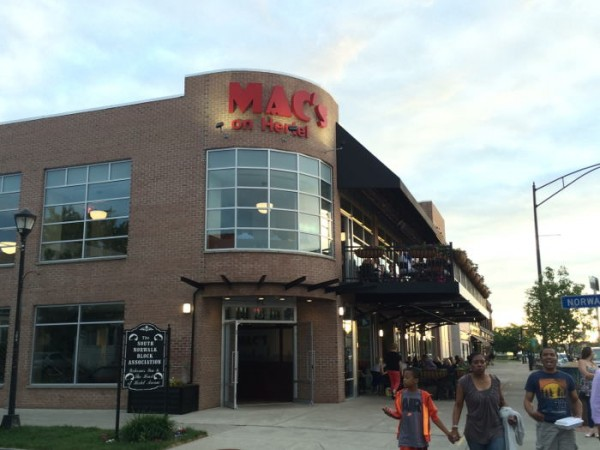 Mac's on Hertel, Restaurant Review, Step Out Buffalo
