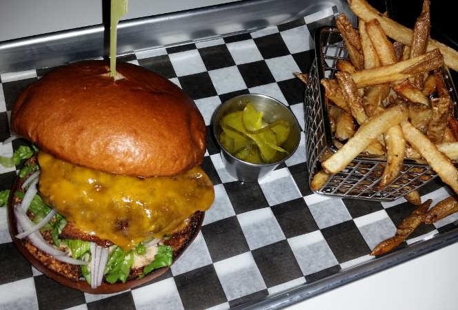 Juicy Burger Bar, Hamburg, Buffalo, special