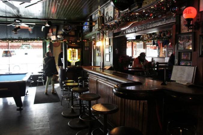 bar area at at Essex Street Pub, Buffalo Restaurants