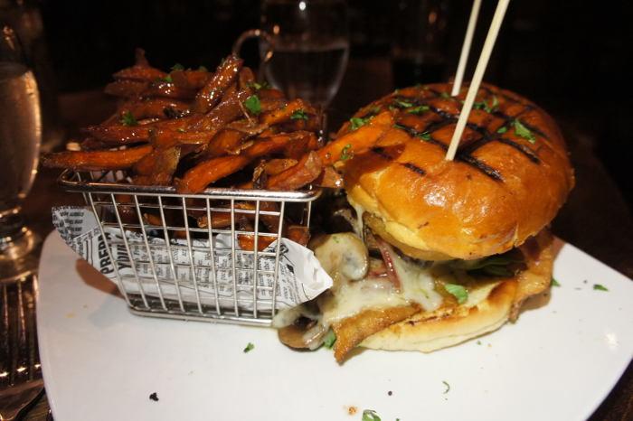 Griffon Gastropub Burger