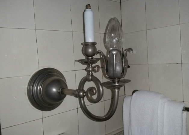 Duel gas & electric light fixture