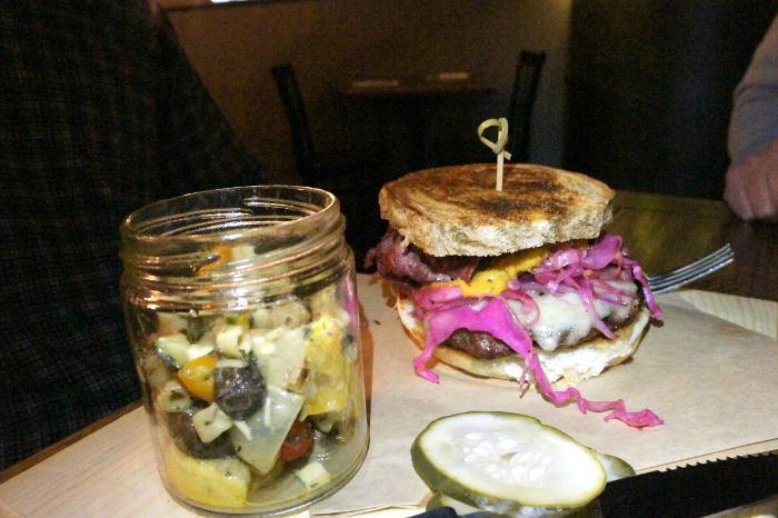 Mahony Burger