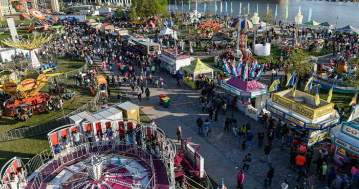 canalside boardwalk carnival2