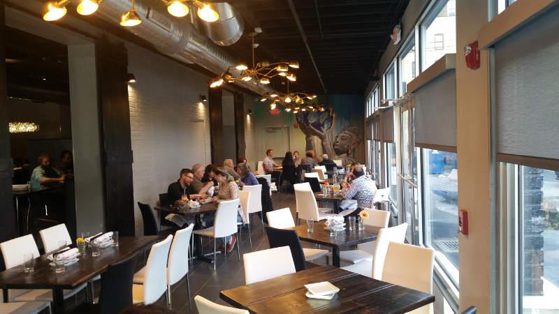 Midtwon Kitchen-Buffalo-dining