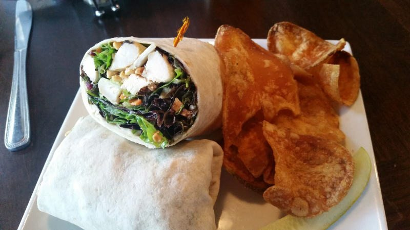 Joes-Deli Thai Chicken Wrap