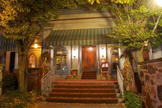 The Roycroft Inn