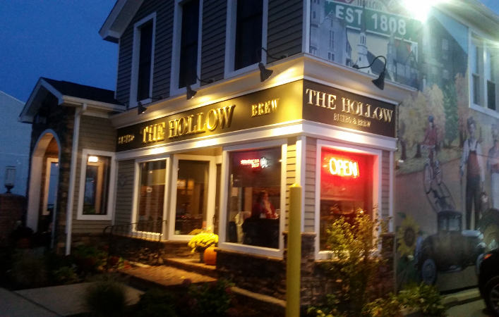 The Hollow Bistro & Brew