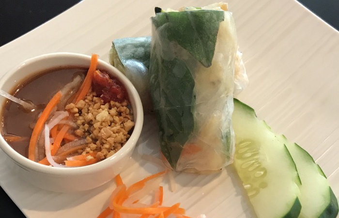 Saigon-Bangkok-fresh-veggie-roll
