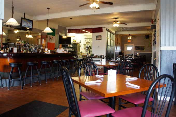 Winfield's Pub