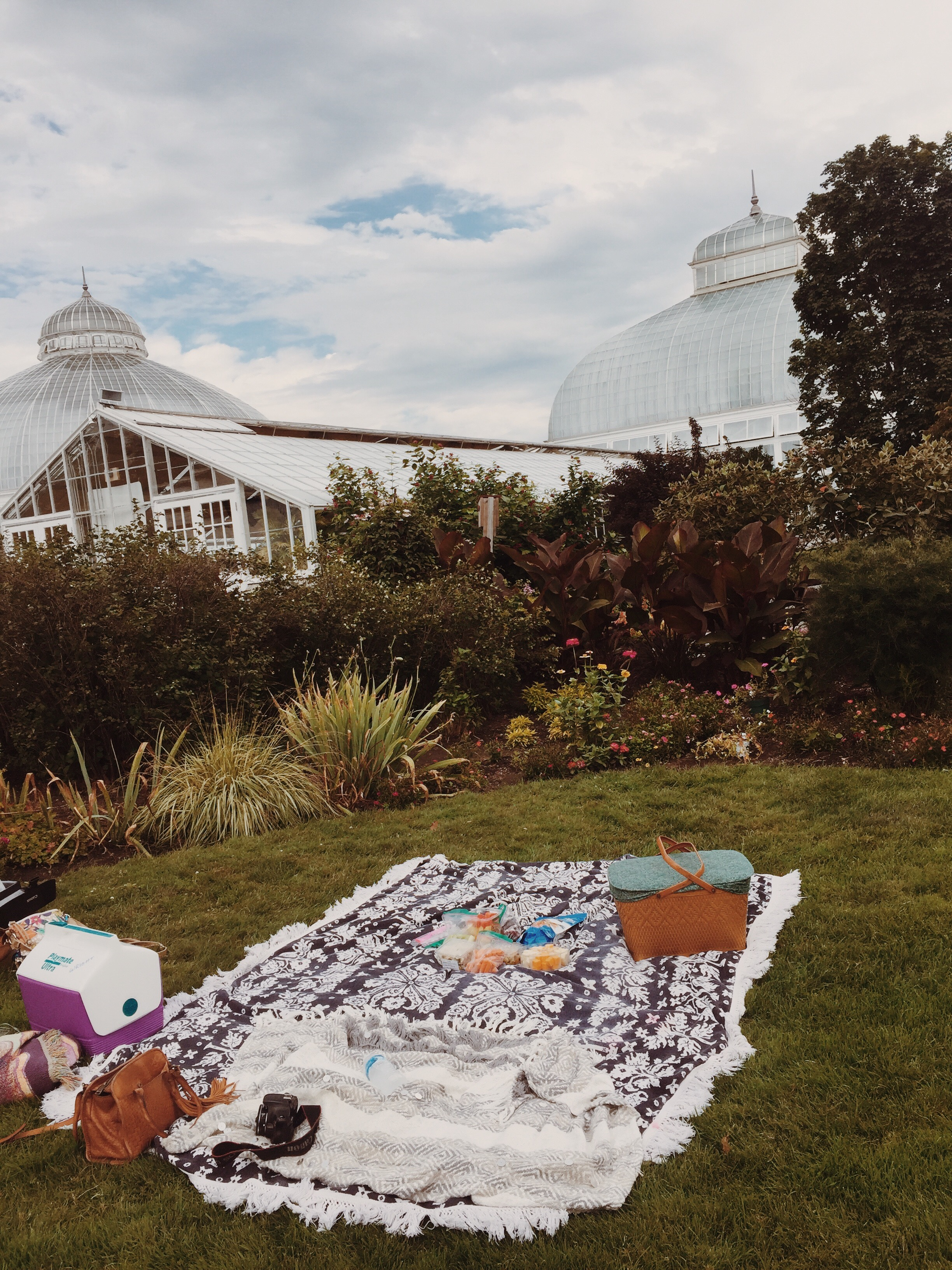 12 Creative Dates to Go On Before Summer Ends - Step Out Buffalo