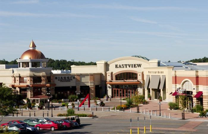 Weekend Roadtrip Eastview Mall Rochester And Finger Lakes Step