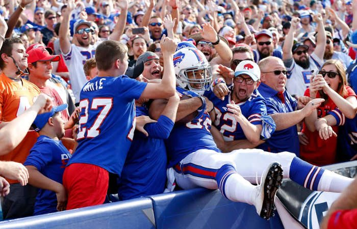 19 TikToks That Show How Great The #BillsMafia Really Is