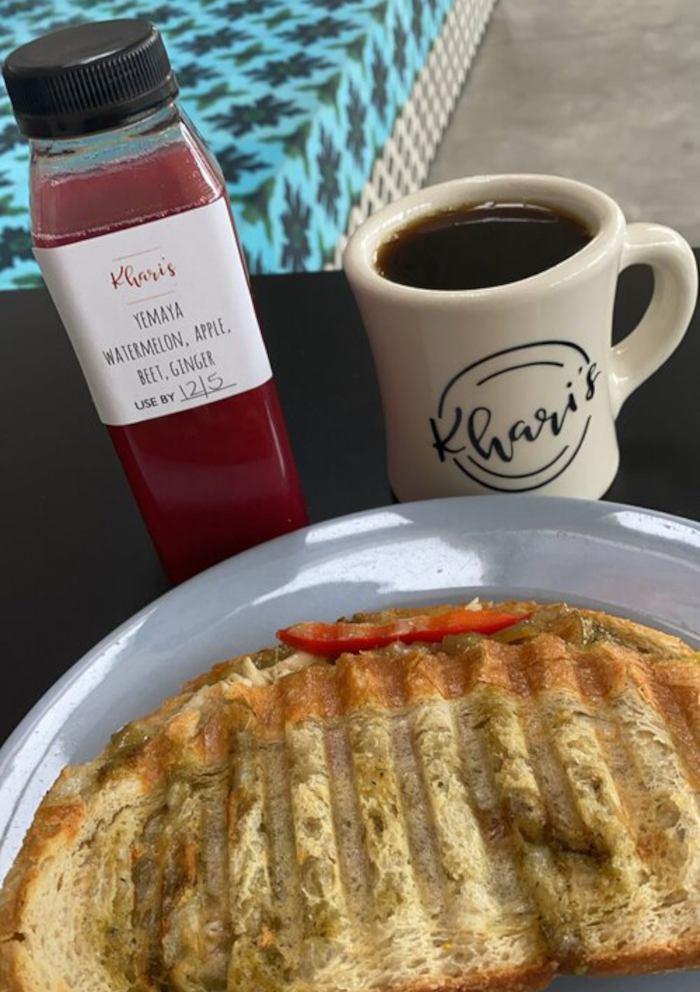 Khari's Cafe