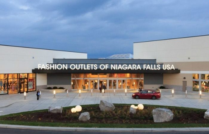 Fashion outlets niagara falls usa 90