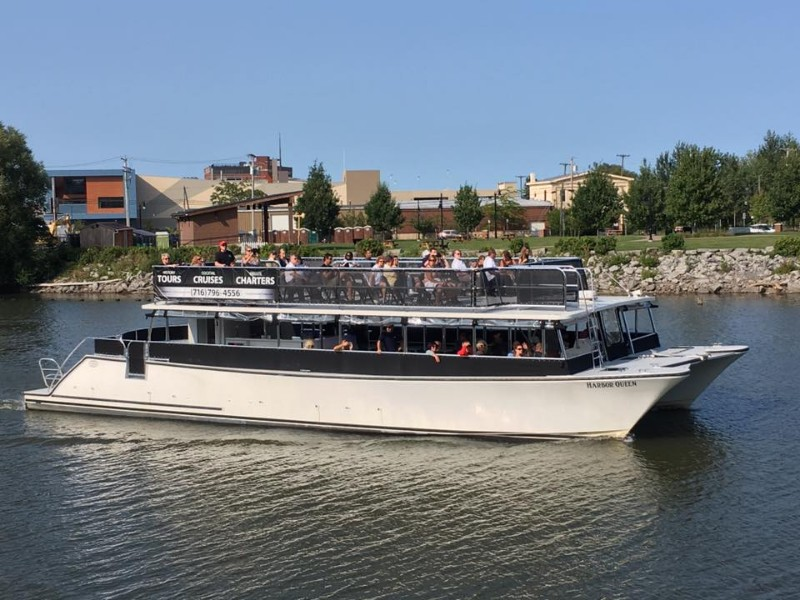 Canalside Cruises