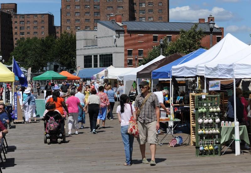 Saturday Artisan Market