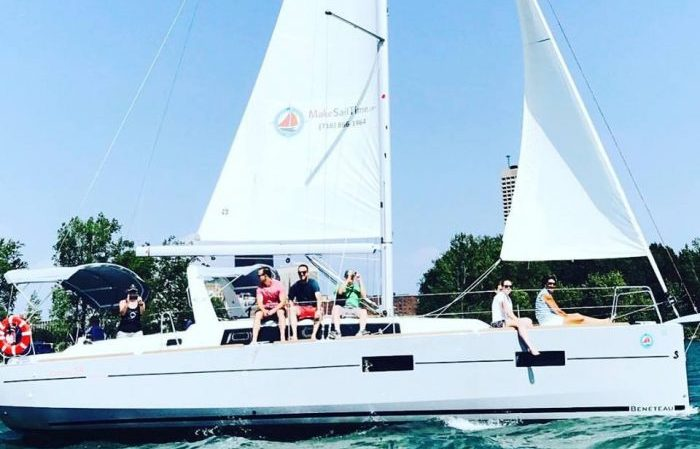 How to Tour Around Lake Erie On a Sailboat This Summer (Even If You Have No Clue How)