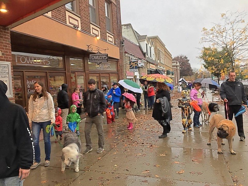 Howl O'Ween Pet and Children Parade!