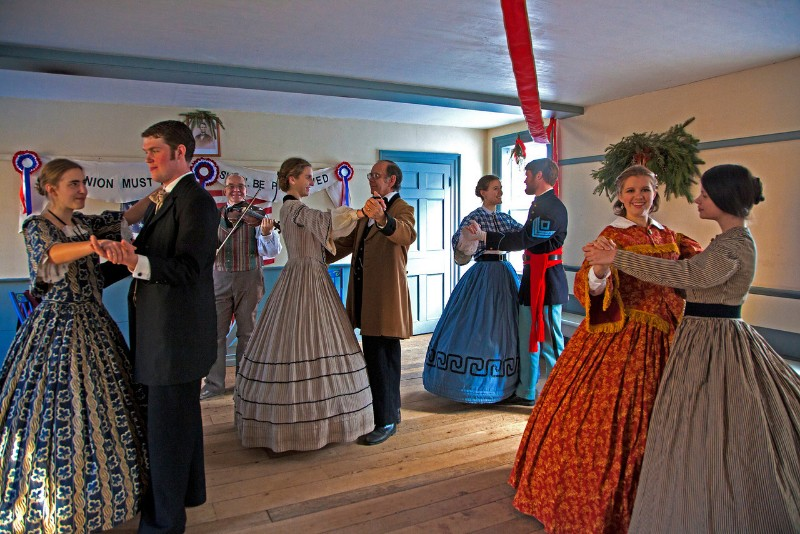 Yuletide in the Country Tours and Buffet at Genesee Country Village & Museum